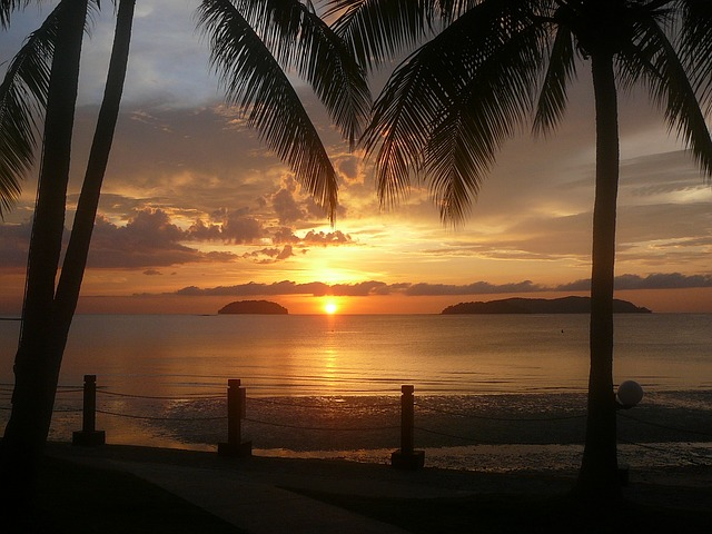sunset-670099_640
