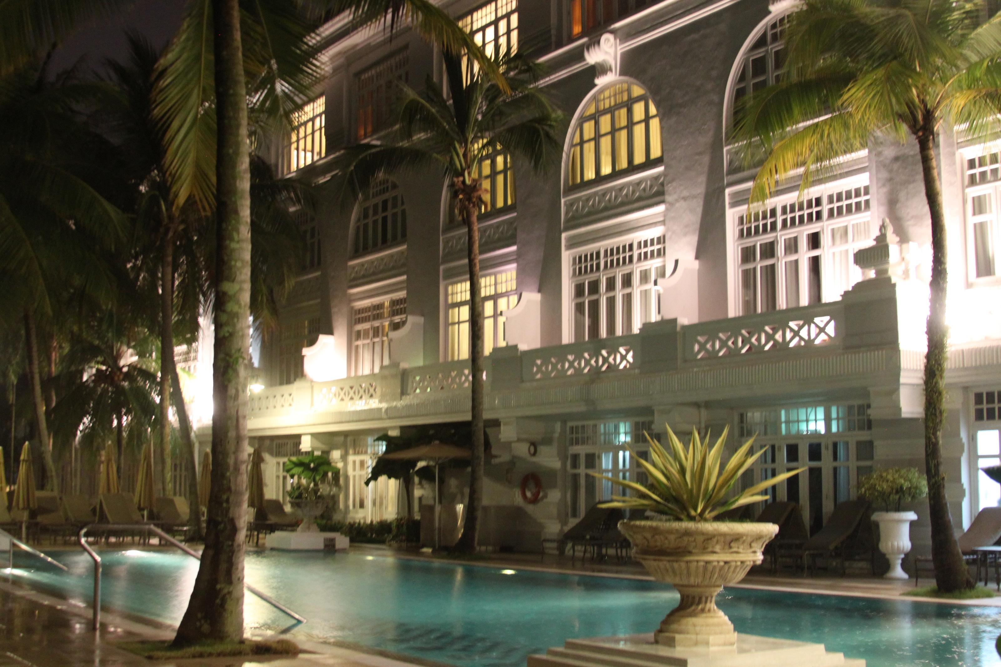 penang-eastern-oriental-pool-patio-malaysia[1]