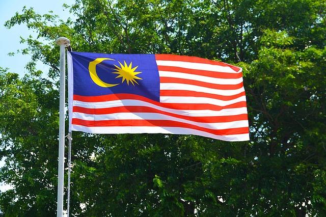malaysian-flag-1439149_640