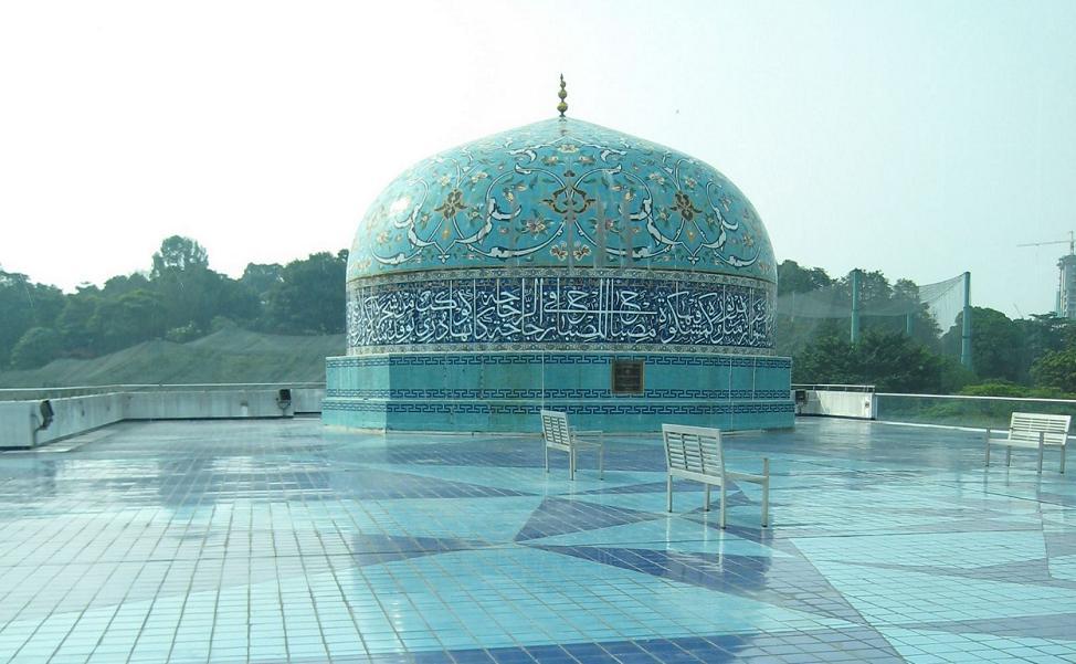 Kuala-Lumpur-Islamic-Arts-Museum.2[1]