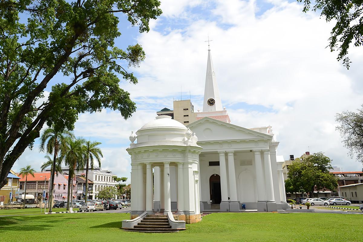 1200-st-george-church[1]