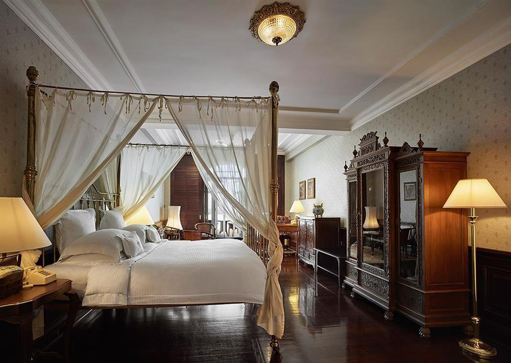 Eastern--Oriental-photos-Room-Penang-Suite[1]