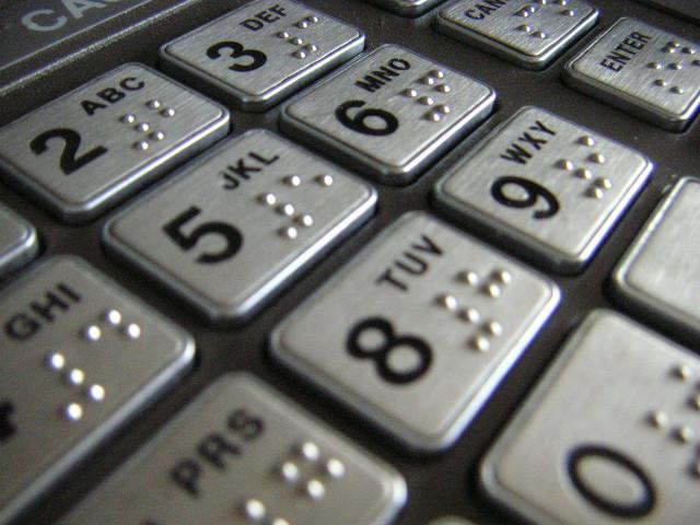 video-aktiermeistaribas-2-kursa-students-atgust-nozagtu-kreditkarti-5550ac07380d61